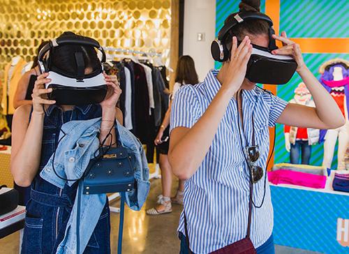 Old Navy: Holiday 2016 VR Lookbook